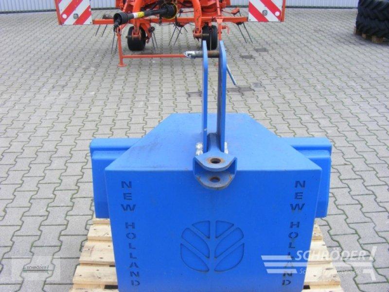 Sonstiges Traktorzubehör des Typs New Holland Frontgewicht 1000 kg, Gebrauchtmaschine in Lastrup (Bild 1)