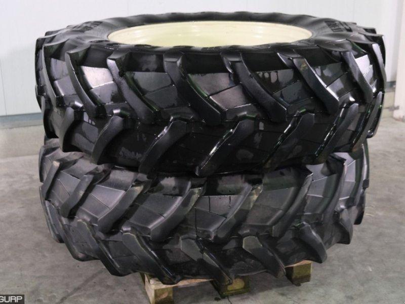 Sonstiges Traktorzubehör typu Pirelli 460/85R38 Banden met velgen  v, Gebrauchtmaschine v Wijhe (Obrázek 1)