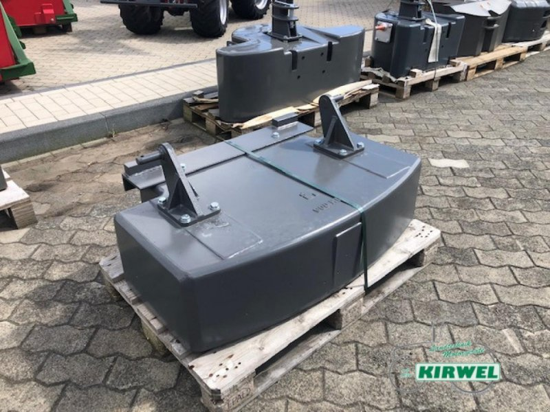 Sonstiges Traktorzubehör des Typs Sonstige AGCO Heckgewicht 900 kg, Neumaschine in Blankenheim (Bild 1)