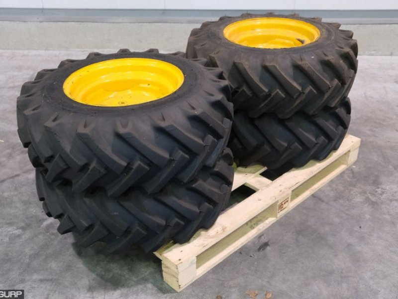 Sonstiges Traktorzubehör typu Sonstige BKT 10.0/75-15.3 Banden met velgen, Gebrauchtmaschine v Wijhe (Obrázek 1)