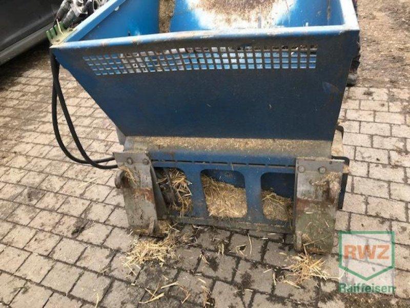 Sonstiges Traktorzubehör des Typs Sonstige Einstreugerät, Gebrauchtmaschine in Wipperfürth (Bild 1)