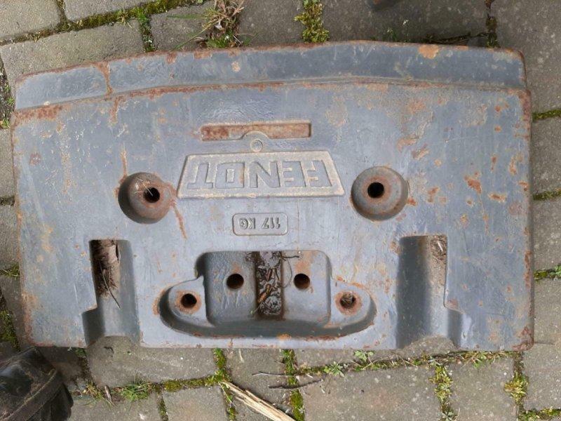 Sonstiges Traktorzubehör des Typs Sonstige Frontgewicht Fendt 711 712 ect, Gebrauchtmaschine in Gillenfeld (Bild 1)