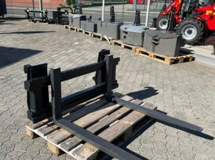 Sonstiges Traktorzubehör des Typs Sonstige Palettengabel Vetter 2000, Neumaschine in Blankenheim (Bild 1)