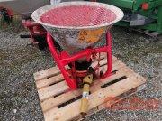 Sonstiges Traktorzubehör des Typs Sonstige SONSTIGE Sand- & Salzstreuer, Gebrauchtmaschine in Ampfing