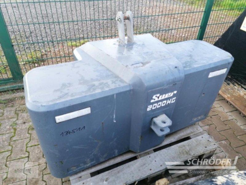 Sonstiges Traktorzubehör типа Suer Stahlbetongewicht 2000 kg, Gebrauchtmaschine в Wildeshausen (Фотография 1)