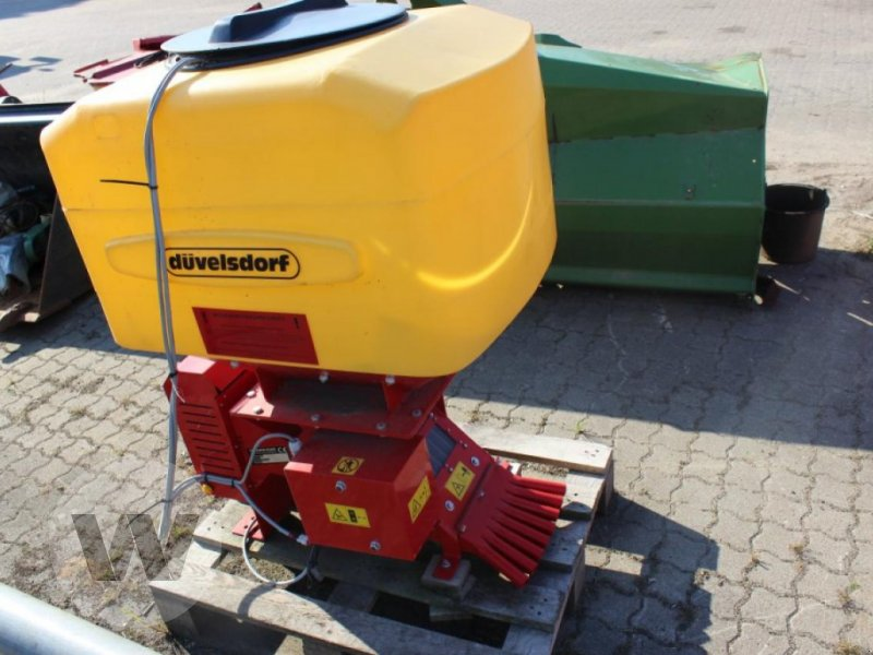 Sonstiges des Typs Düvelsdorf Säeinrichtung 12 Volt ES 8 Tur, Neumaschine in Börm (Bild 3)