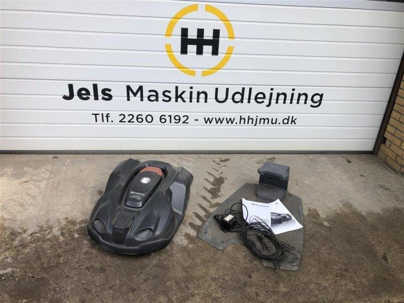 Sonstiges типа Husqvarna 330 X Auto Mower, Gebrauchtmaschine в Rødding (Фотография 1)