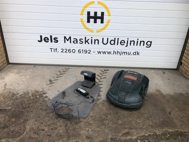 Sonstiges типа Husqvarna Automower 220 AC, Gebrauchtmaschine в Rødding (Фотография 1)