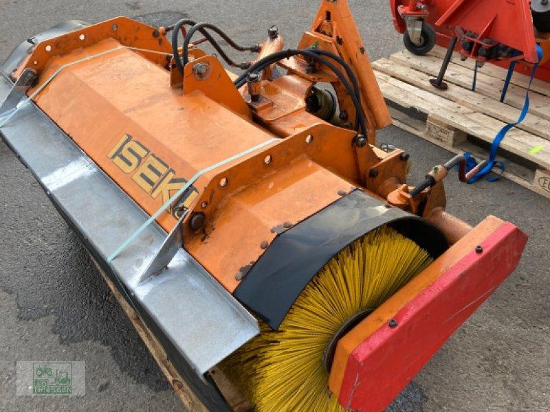 Sonstiges типа Iseki Kehrmaschine, Gebrauchtmaschine в Steiningen b. Daun (Фотография 1)