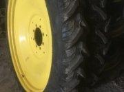Sonstiges typu John Deere roues 230/95R48, Gebrauchtmaschine w ORSONVILLE