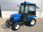 Sonstiges типа New Holland BOOMER 25, Neumaschine в Cloppenburg