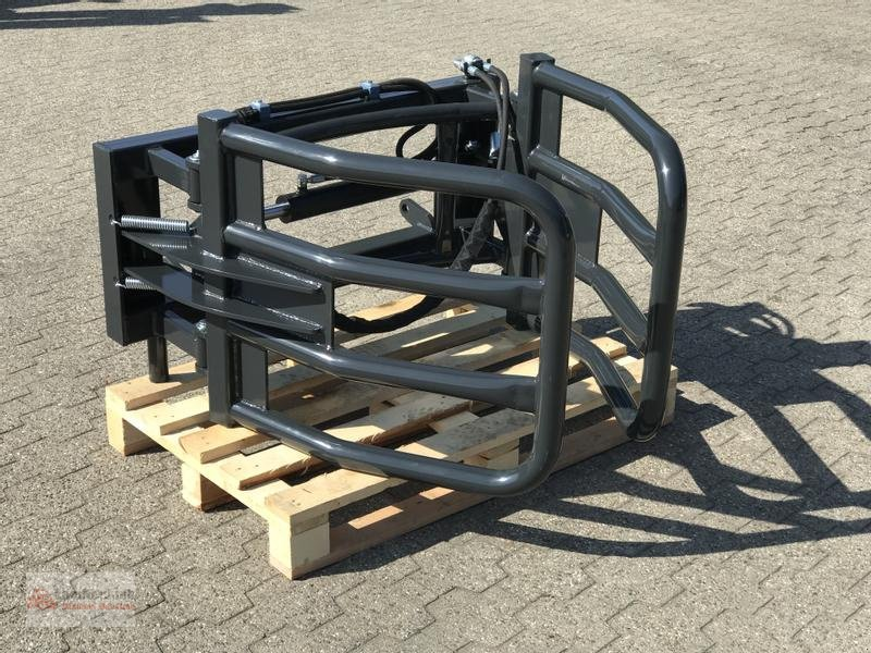 Sonstiges des Typs Sonstige Ballenzange / Rundballenzange, Neumaschine in Marl (Bild 11)