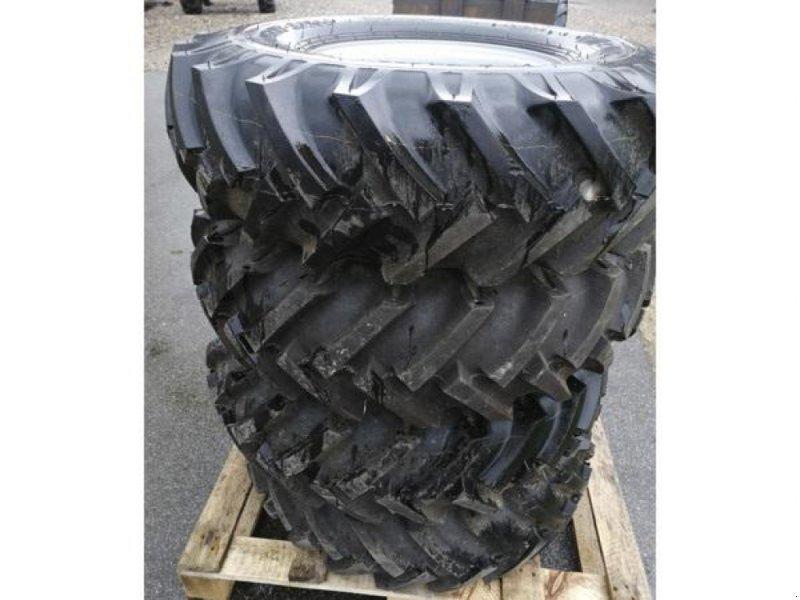 Sonstiges типа Sonstige Brugte komplette BKT hjul 700x12 med 5-huls fælg, Gebrauchtmaschine в Vrå (Фотография 2)