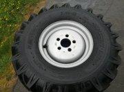 Sonstiges типа Sonstige Brugte komplette BKT hjul 700x12 med 5-huls fælg, Gebrauchtmaschine в Vrå