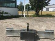 Sonstiges tip Sonstige FRONTGEWICHT MIT BELEUCHTUNG, Neumaschine in Grabenstätt-Erlstätt