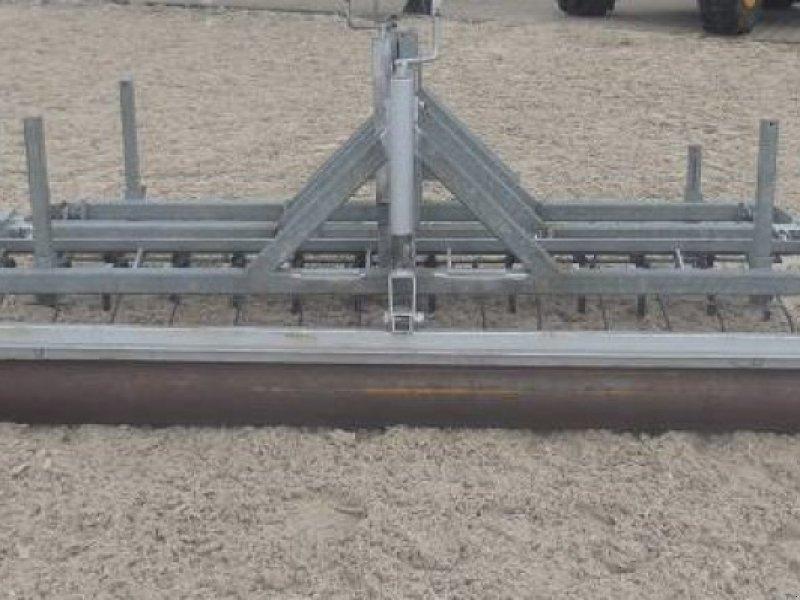 Sonstiges типа Sonstige Reitplatzplaner 2,4 m, Vorführmaschine в Schutterzell (Фотография 1)
