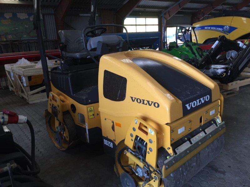 Sonstiges typu Volvo DD25B tromle 2600 kg. --- som ny ---, Gebrauchtmaschine v Tinglev (Obrázok 2)