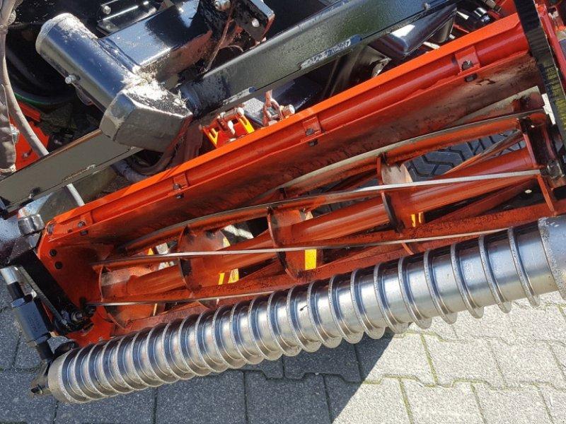 Spindelmäher des Typs Jacobsen Fairway 405, Gebrauchtmaschine in Olpe (Bild 4)
