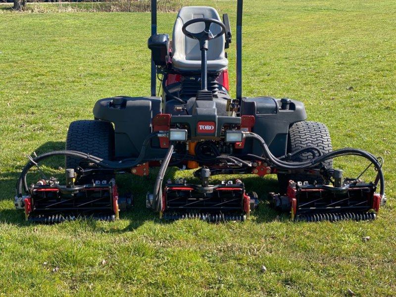 Spindelmäher des Typs Toro Reelmaster 5510D, Gebrauchtmaschine in Weidenbach (Bild 3)