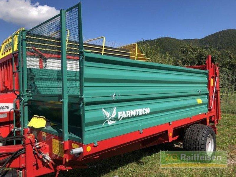 Stalldungstreuer des Typs Farmtech Superfex 700, Ausstellungsmaschine in Steinach (Bild 1)
