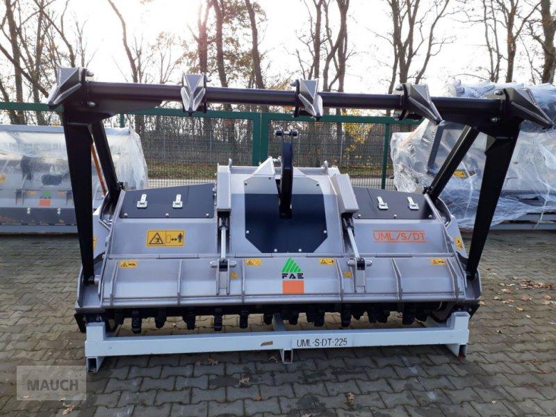 Stockfräse des Typs FAE Forstmulcher UML/S/DT 225, Neumaschine in Burgkirchen (Bild 1)