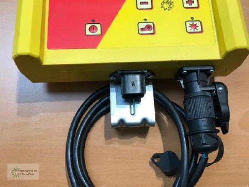 Striegel mit Nachsaateinrichtung типа APV Steuermodul / Bedienung 3.2 mit Halter und Kabel, Gebrauchtmaschine в Rittersdorf (Фотография 1)