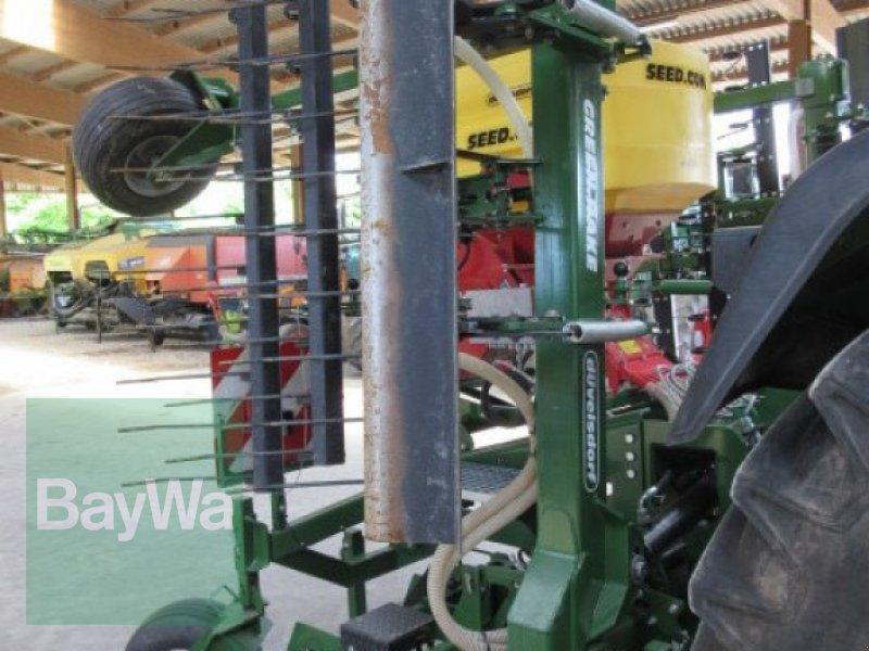 Striegel mit Nachsaateinrichtung des Typs Düvelsdorf Greenrake expert 6 m, Gebrauchtmaschine in Erbach (Bild 2)