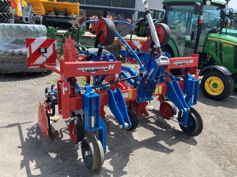 Striegel типа Hatzenbichler Hatzenbichler 4-reihiges Maishackgerät / Vorführgerät, Gebrauchtmaschine в Regensdorf (Фотография 1)