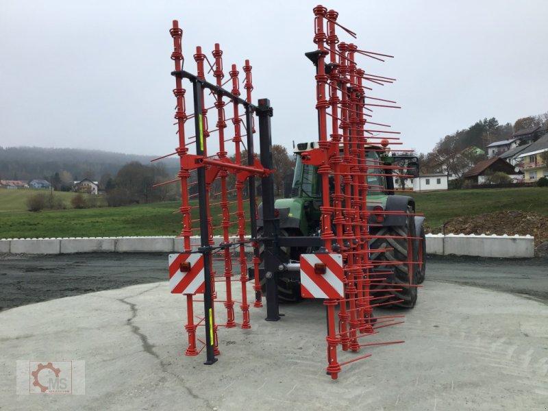 Striegel des Typs Madara Strohstriegel 80H 6m, Neumaschine in Tiefenbach (Bild 3)