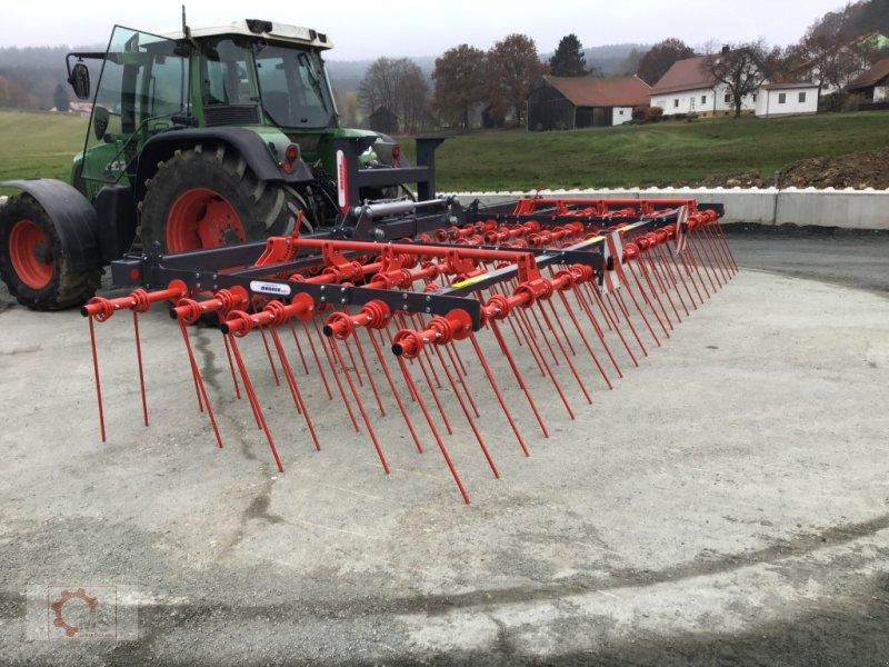 Striegel des Typs Madara Strohstriegel 80H 6m, Neumaschine in Tiefenbach (Bild 9)