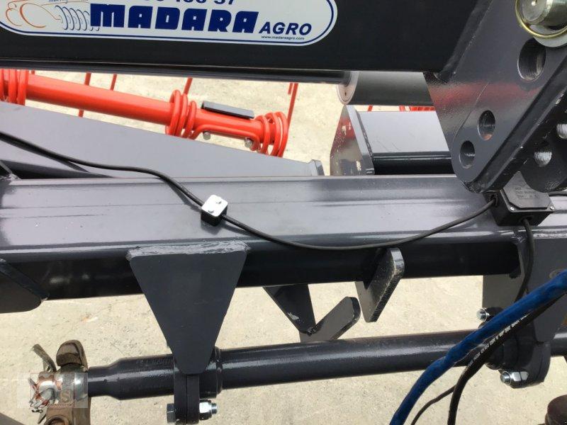 Striegel des Typs Madara Strohstriegel 80H 6m, Neumaschine in Tiefenbach (Bild 12)
