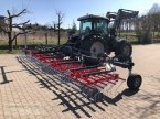 Striegel des Typs Saphir Weedstar 900 Ackerstriegel Grünlandstriegel in Langensendelbach