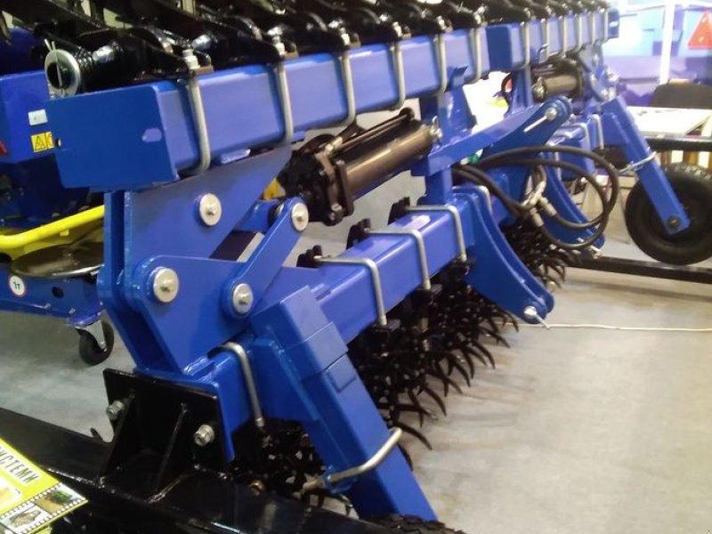 Striegel des Typs Sonstige Rollstriegel AgrarKerne, Neumaschine in Waldburg (Bild 1)