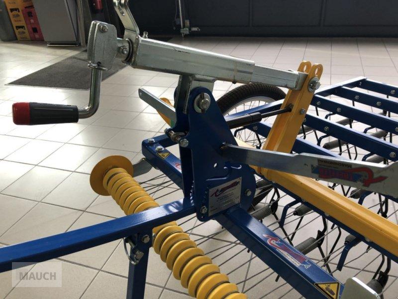 Striegel des Typs Treffler Tiny-Treffler TS 80T Striegel, Neumaschine in Burgkirchen (Bild 7)