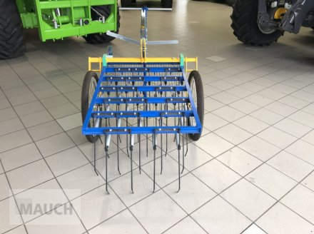 Striegel des Typs Treffler Tiny-Treffler TS 80T Striegel, Neumaschine in Burgkirchen (Bild 3)