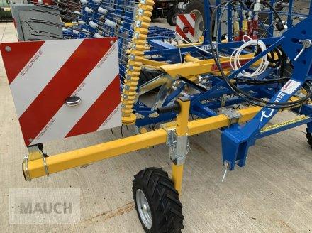 Striegel des Typs Treffler TS620 Präzisions-Zinkenstriegel Modell 2021, Neumaschine in Burgkirchen (Bild 4)