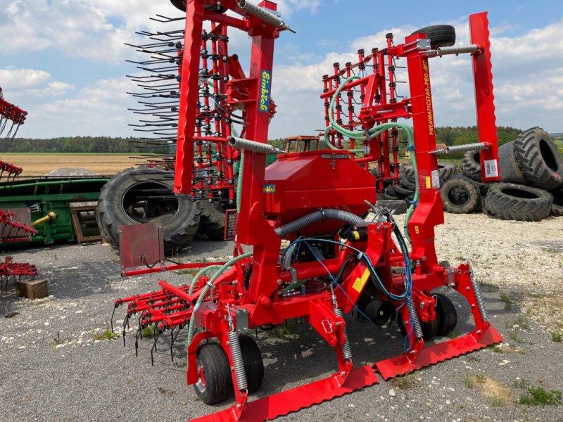 Striegeltechnik & Hacktechnik des Typs Einböck Pneumaticstar Pro 600, Neumaschine in Burglengenfeld (Bild 1)