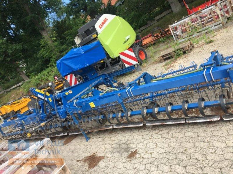 Striegeltechnik & Hacktechnik des Typs Köckerling GRASMASTER800, Gebrauchtmaschine in LÜCHOW (Bild 1)