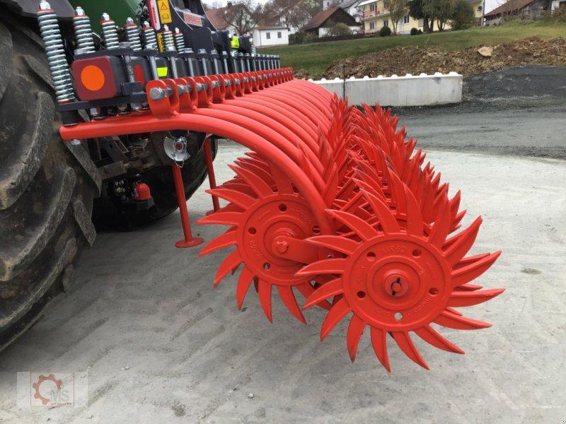 Striegeltechnik & Hacktechnik des Typs Madara 30EU Roll Hacken Striegel 3m, Neumaschine in Tiefenbach (Bild 11)