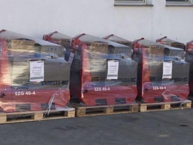 Stromerzeuger des Typs Endress EZG 40/4 II/TN-S, Neumaschine in Windorf (Bild 2)