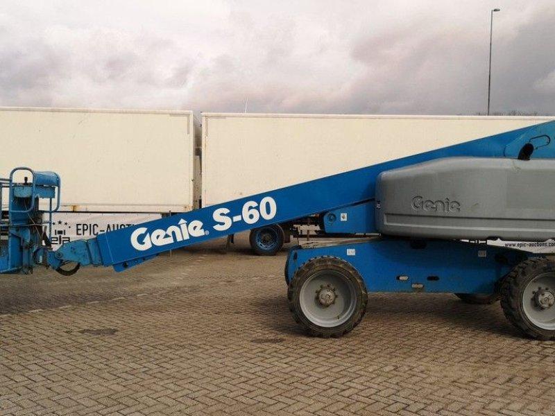 Teleskoparbeitsbühne типа Genie S-60, Gebrauchtmaschine в Leende (Фотография 1)