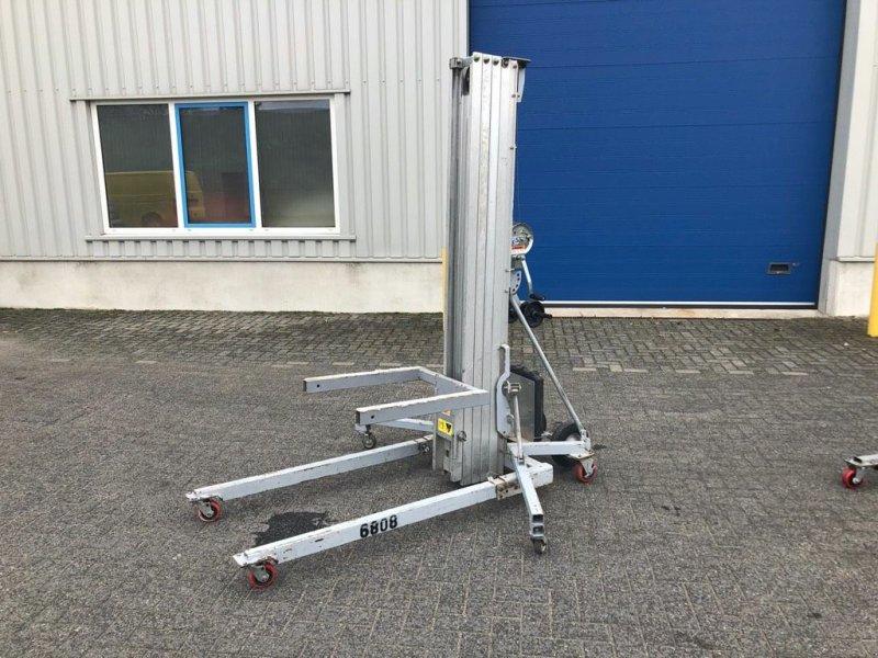 Teleskoparbeitsbühne типа Genie SLC 24, Materiaallift, 7,3 meter, Gebrauchtmaschine в Heijen (Фотография 1)