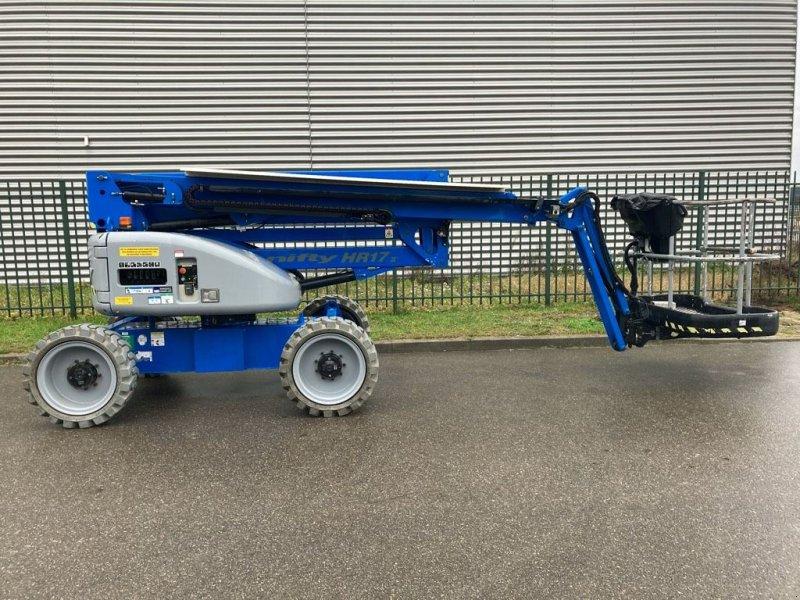 Teleskoparbeitsbühne типа Niftylift HR 17 D 4x4 MKII, Gebrauchtmaschine в WIJCHEN (Фотография 1)