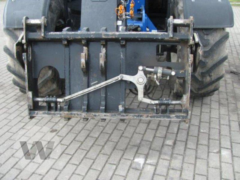 Teleskoplader des Typs New Holland LM 7.42, Gebrauchtmaschine in Bützow (Bild 2)
