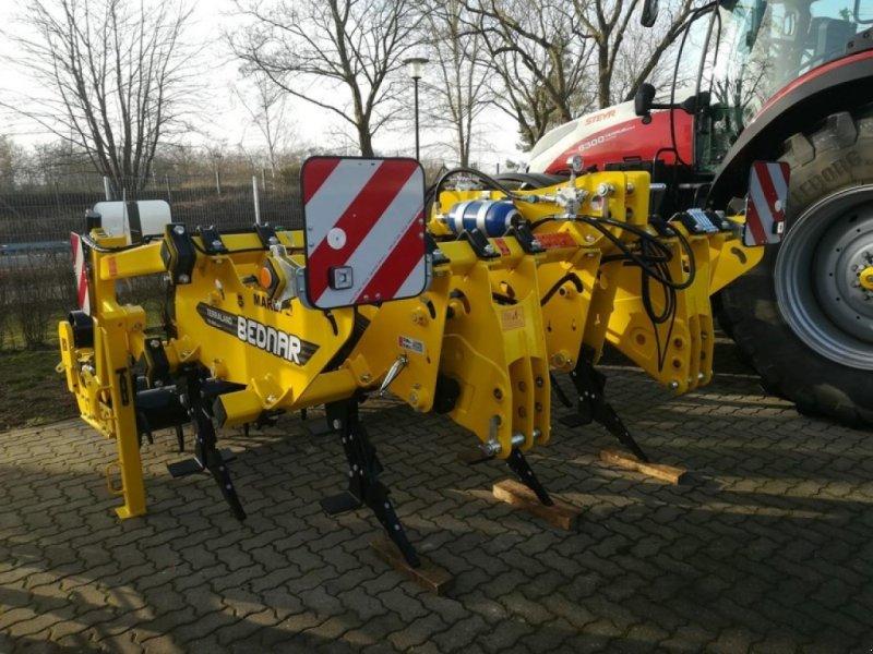 Tiefenlockerer des Typs Bednar TERRALAND TN 3000 HM7R, Neumaschine in Neubukow (Bild 1)