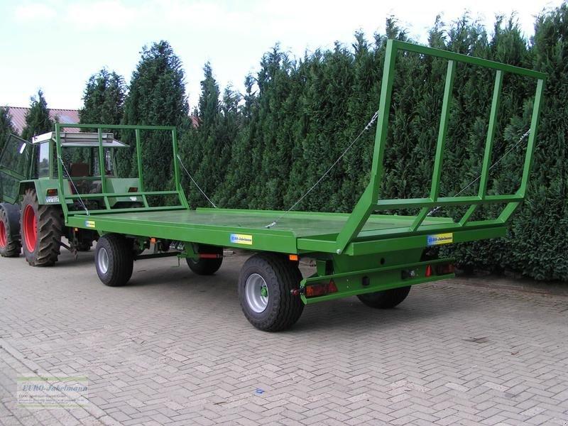 Tieflader des Typs PRONAR Ballenwagen TO 22, 10 to. Druckluft, 2-Achser, Neumaschine in Itterbeck (Bild 1)