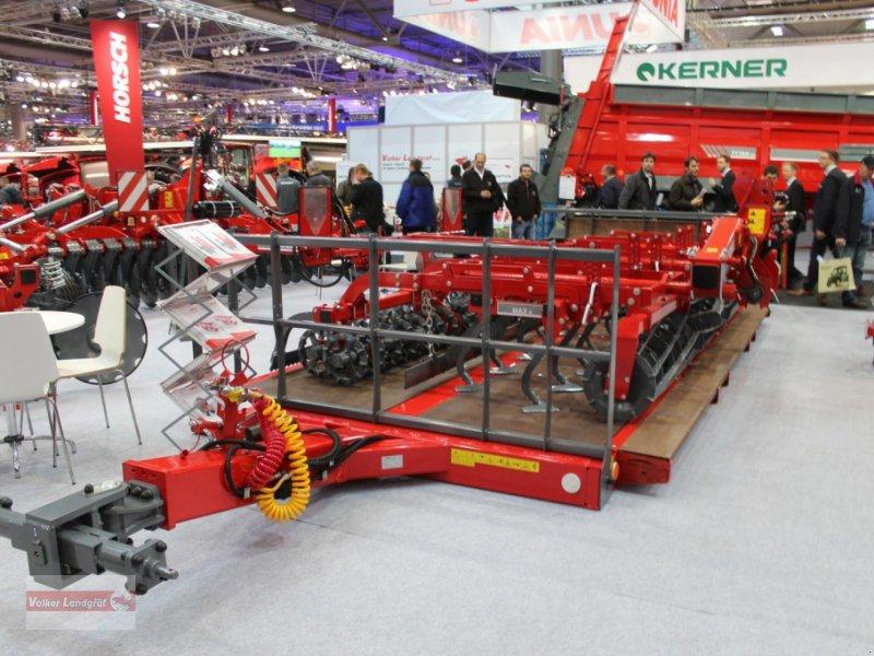 Tieflader des Typs Unia PL6, Neumaschine in Ostheim/Rhön (Bild 2)