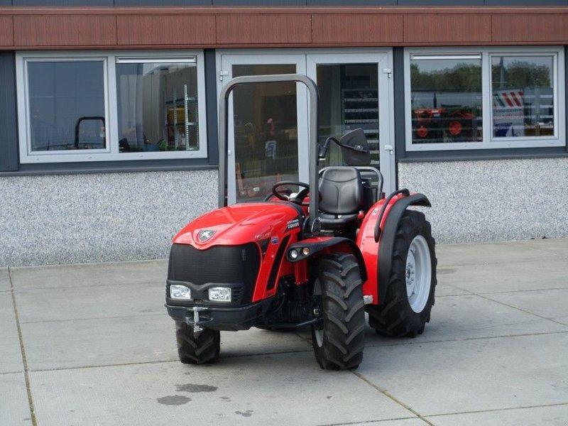Traktor a típus Antonio Carraro Tigre 4400F 4wd / 0008 Draaiuren, Gebrauchtmaschine ekkor: Swifterband (Kép 1)