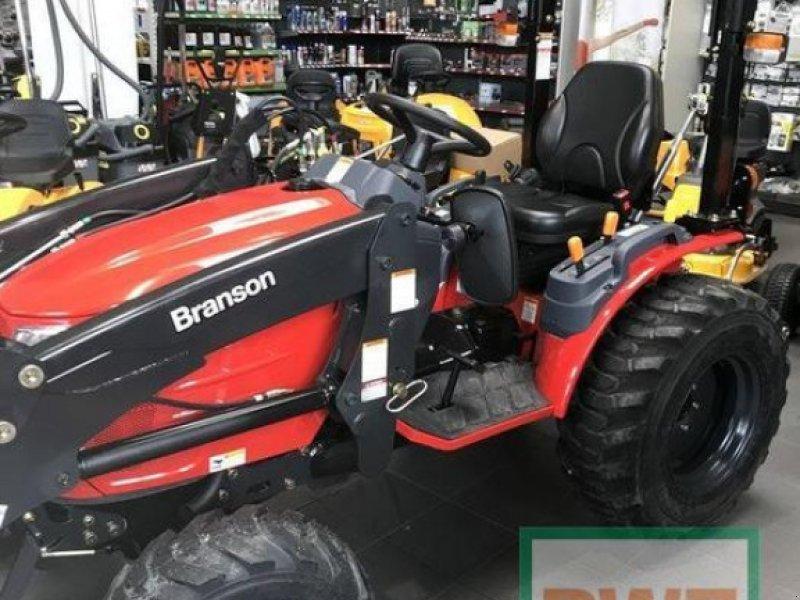 Traktor des Typs Branson 2505 H, Neumaschine in Kusel (Bild 2)