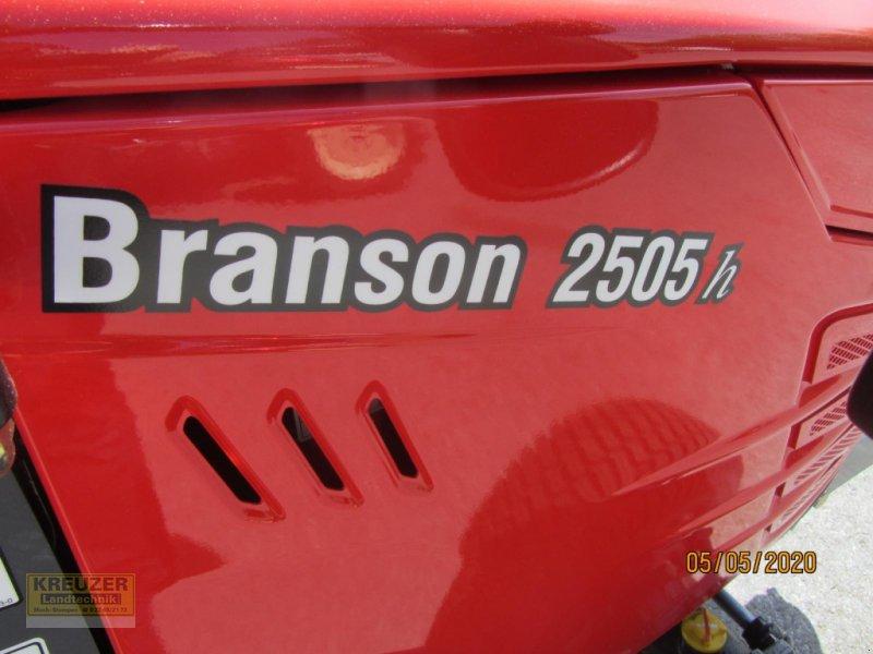 Traktor типа Branson 2505 h, Neumaschine в Much (Фотография 3)